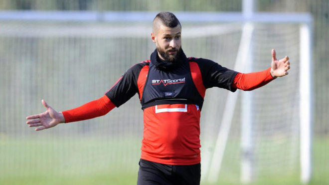 Juacá, en un entrenamiento con el Eibar.