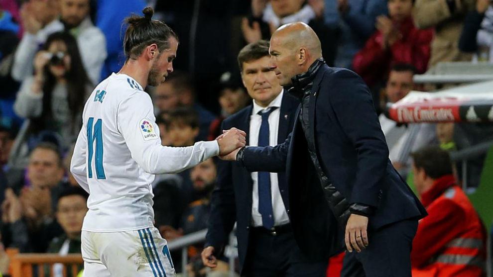 Bale y Benzema, durante un partido