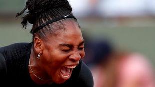 Serena grita tras un punto