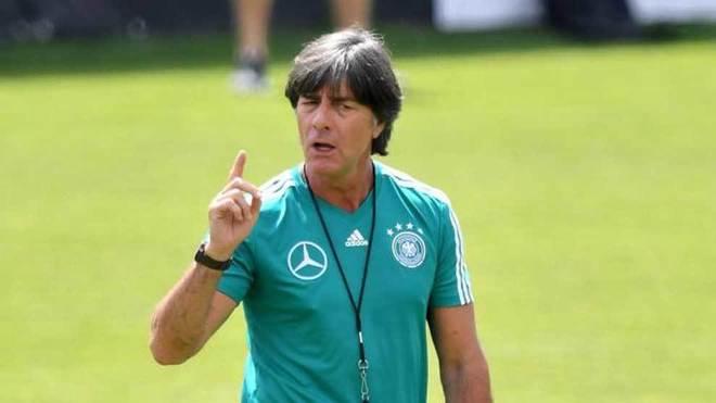 Löw, en un entrenamiento con la selección de Alemania.