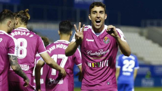 Jaime Mata celebra un gol con el Valladolid.