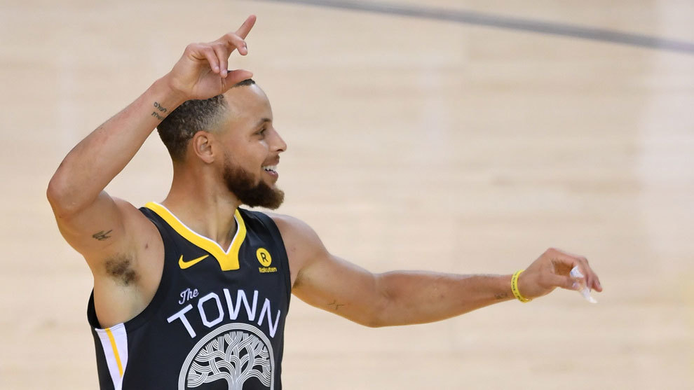 Curry, el rey de 3 puntos
