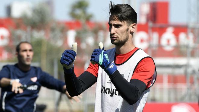 Sergio Rico.