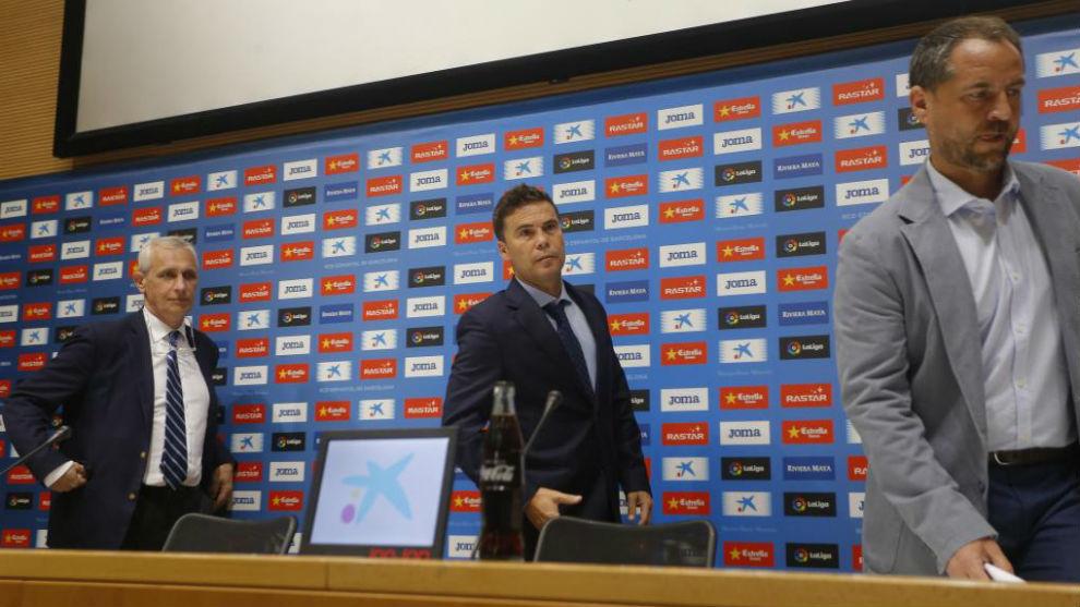 García Pont, Rubi y Óscar Perarnau, en el RCDE Stadium