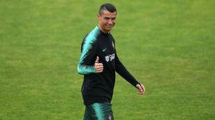Cristiano, durante el entrenamiento de Portugal