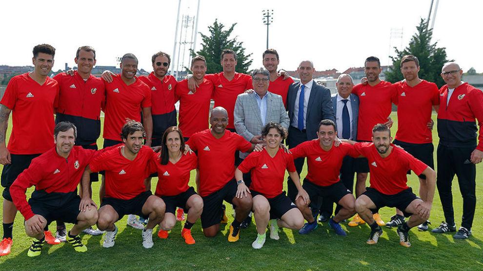 Foto de familia de la nueva generación de entrenadores RFEF.