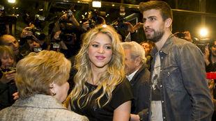 Piqué y Shakira en la presentación de un libro