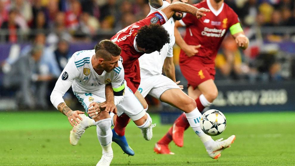 Ramos y Salah, en la polémica acción de la lesión del crack del...