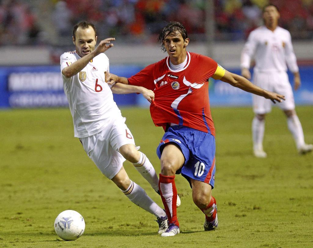 Bryan Ruiz (Costa Rica). 32