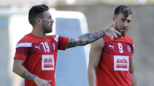 Sergi Enrich y Antonio Luna, en un entrenamiento del Eibar la campaña...