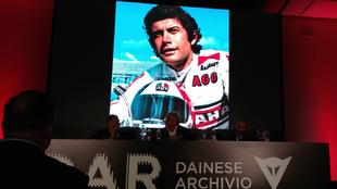 Giacomo Agostini, en la presentación del Dainese Archivio