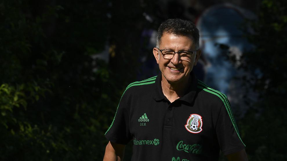 Juan Carlos Osorio, en el entrenamiento de este viernes en Brondby.