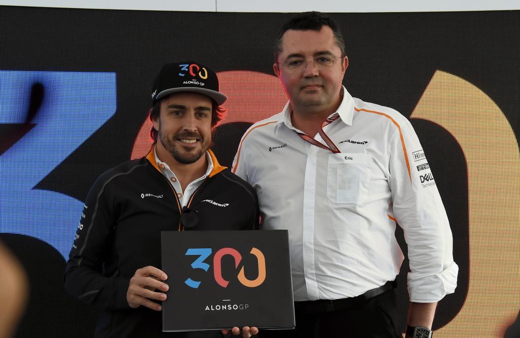 Fernando Alonso (ES) McLaren MCL33 Renault y Eric Boullier (FRA) McLren celebrando el 300 GP del asturiano Gran Premio de Canadá 2018. 7ª prueba del mundial. Circuito Gilles Villeneuve, ële Notre-Dame, Canadá. Jueves 07 de Junio, 2018. *** Local Caption *** RUBIO