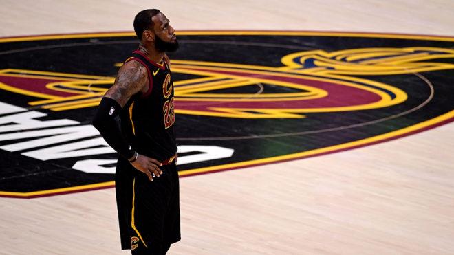 James no pudo ser factor en una nueva final con los Cavaliers.