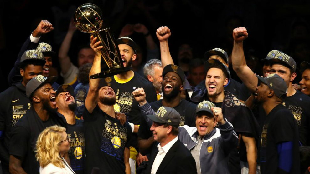 nba finals 2018  curry and durant star as golden state