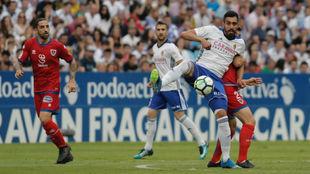 Borja Iglesias durante el partido ante el Numancia.
