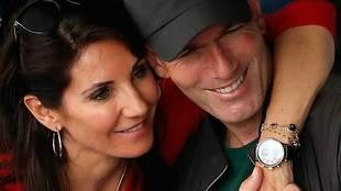 Zinedine Zidane y su esposa <strong><a...
