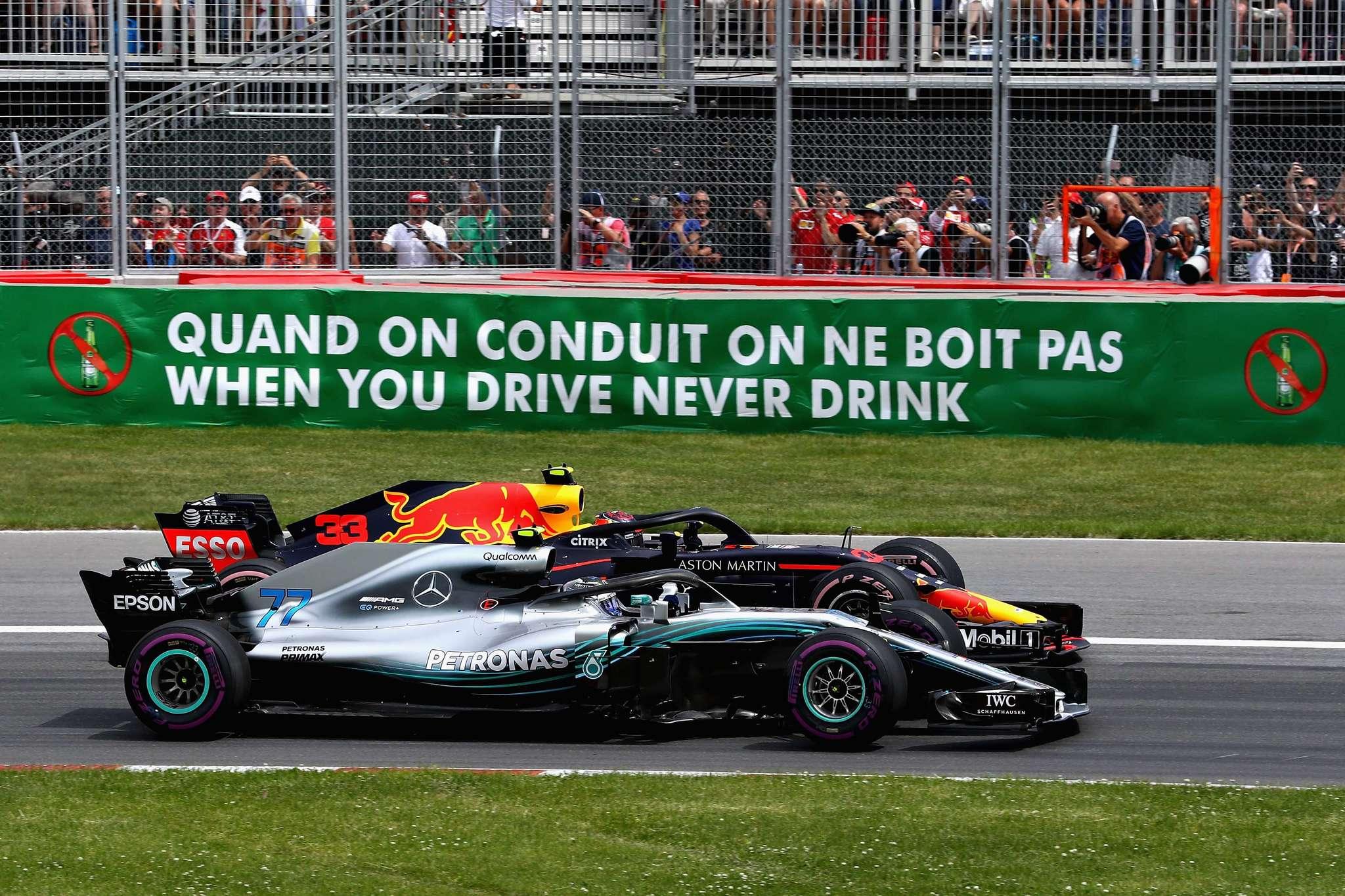 Bottas, en paralelo con Verstappen al inicio de la carrera en Montreal