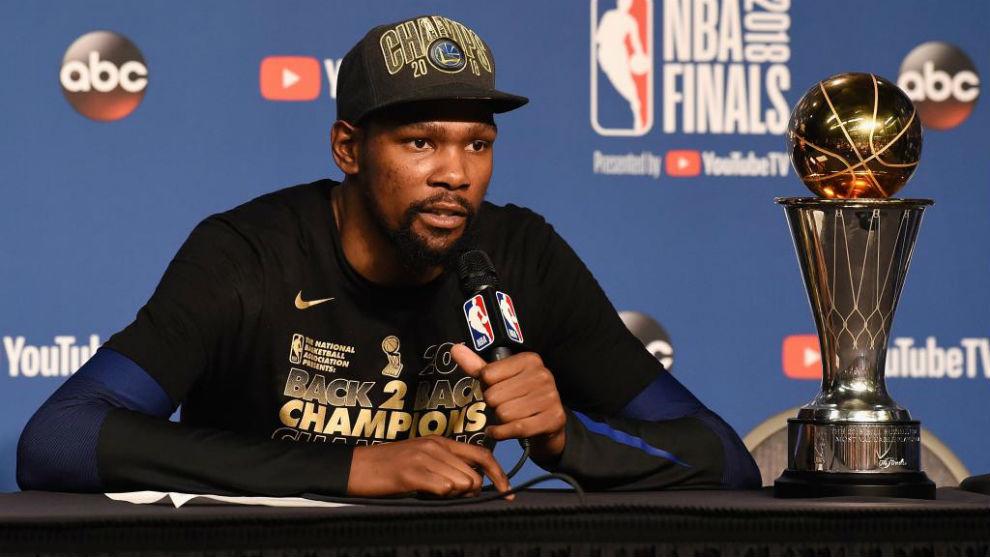 Kevin Durant en rueda de prensa tras ganar las Finales de la NBA