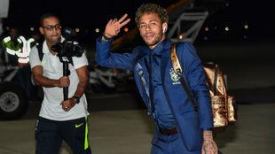 Neymar, a su llegada ayer a Rusia con su selección.