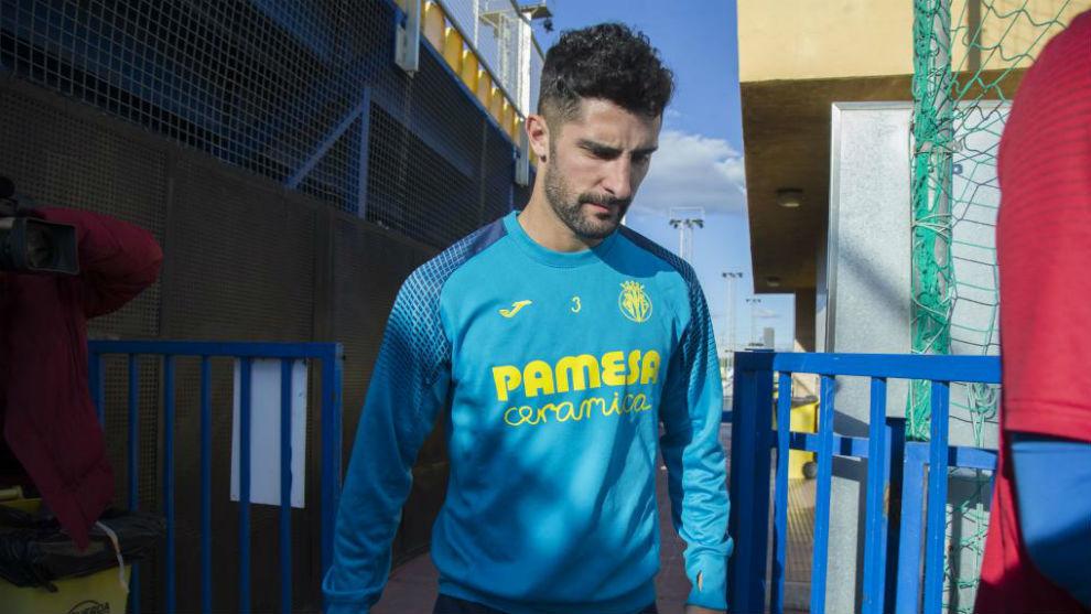 Álvaro González, en una sesión con el Villarreal