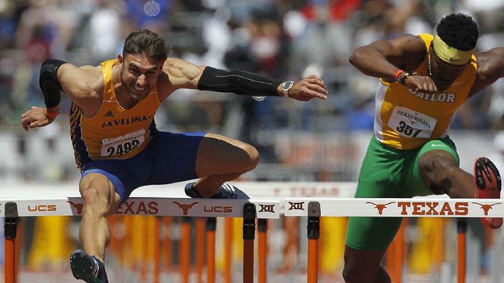 Javier López (i) durante su periplo universitario en Texas.