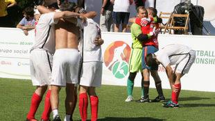 Rusia celebra su pase a semifinales ante el dsconsuelo de España.
