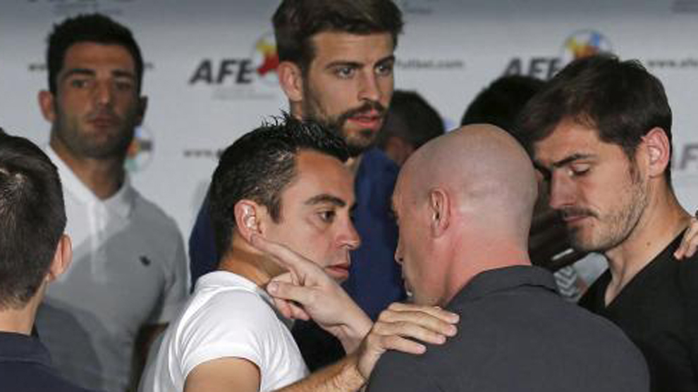 Xavi, Rubiales and Casillas