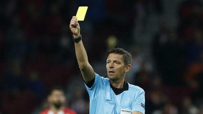 Rocchi en las semifinales de la Europa League entre el Atlético y el...