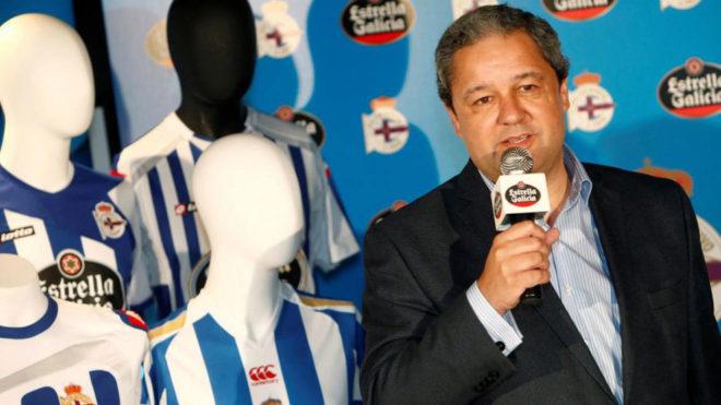 El presidente del Depor, Tino Fernández, en la presentación del...