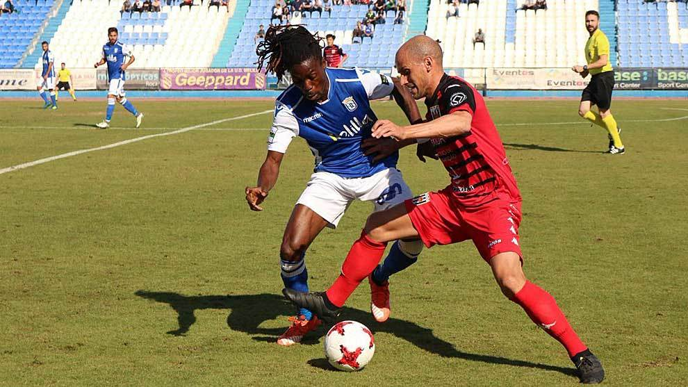 Richard Boateng,  durante un partido del Melilla de la presente...