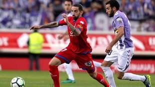 Marc Mateu y Antoñito durante el partido de ida en Los Pajaritos