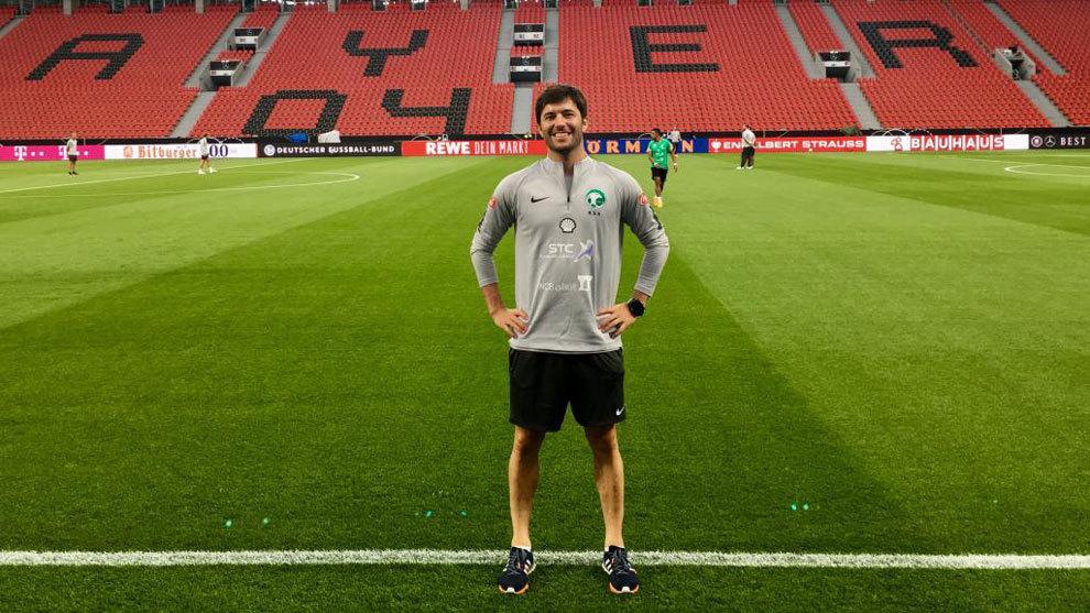 Pablo Varela, antes de un partido de Arabia Saudí en el Bay Arena