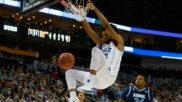 Marvin Bagley machacando el aro en la NCAA con la Universidad de Duke