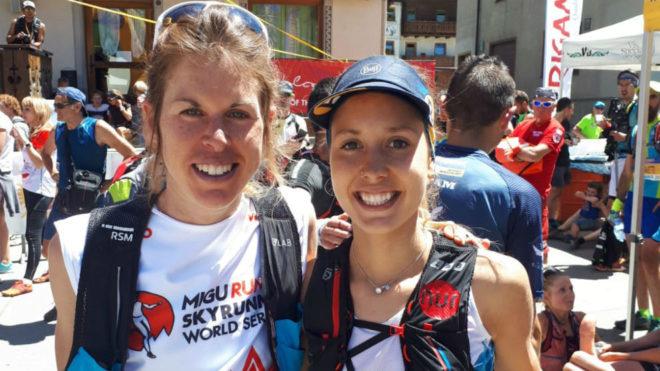 Laura Orgué y Sheila Avilés, en la salida.