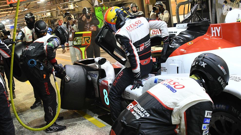 Alonso, entrando a su segundo stint.