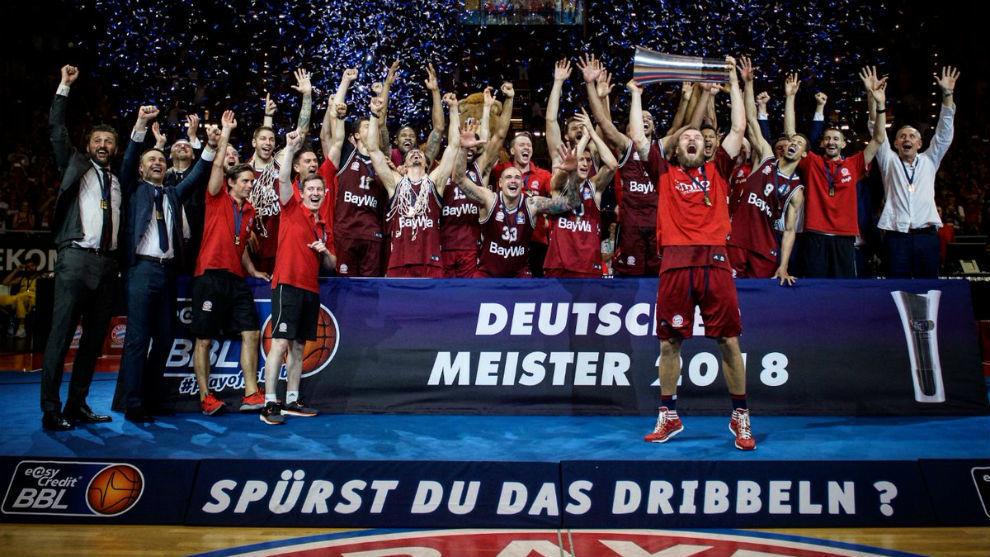 Con su triunfo en la Bundesliga, el Bayern confirmó su vuelta a la...
