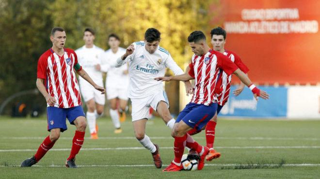 Atlético y Real Madrid en un partido de Liga.