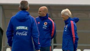 Esteban Cambiasso junto a Pékerman en un entrenamiento de Colombia