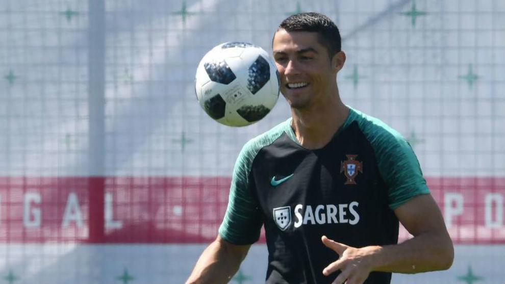 Cristiano Ronaldo supera a Puskás y es el máximo goleador internacional europeo