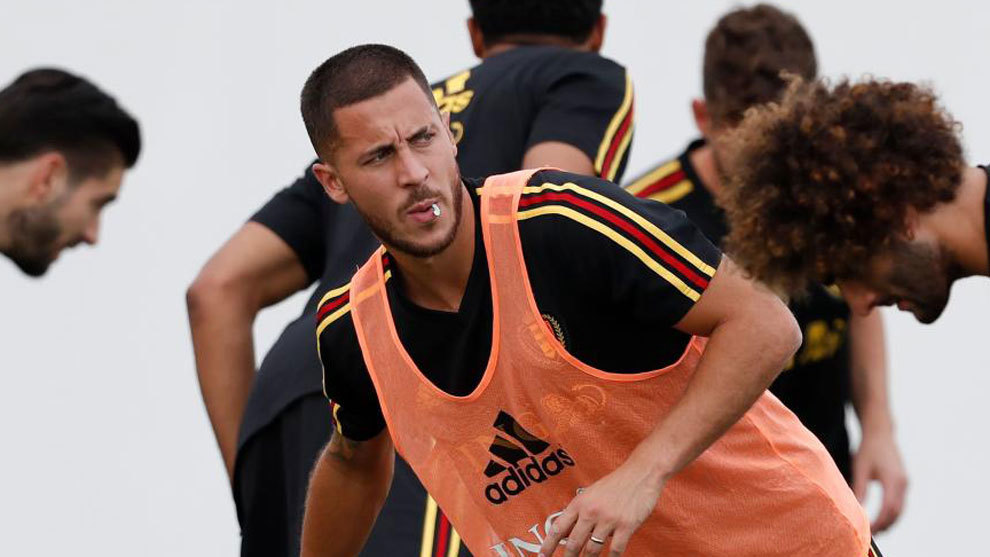 Belgium's forward Eden Hazard warms up during a training session.