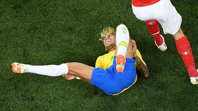 Brazil panic over fresh Neymar injury.
