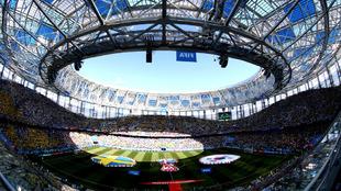 Gran ambiente en el Estadio de Nizhni Nóvgorod
