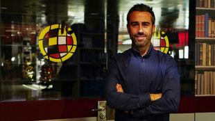 Jorge Vilda posa para MARCA tras una entrevista en Las Rozas.