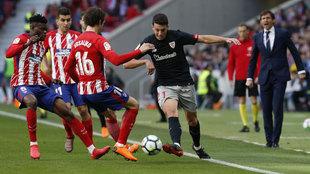 Mikel Vesga, en un partido con el Athletic Club.