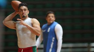 La selección mexicana de fútbol americano entrena para  su duelo...