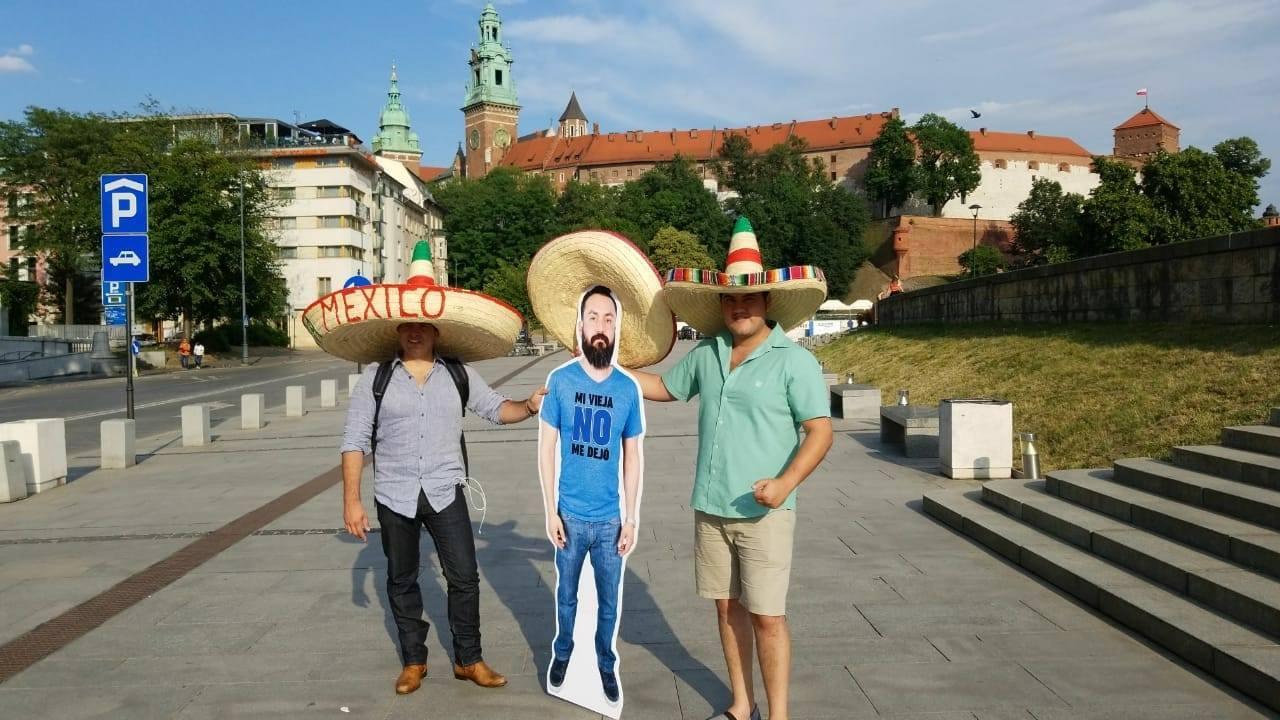 """El Javier virtual y su """"no me dejó mi vieja"""" se han convertido en todo un icono en Rusia."""