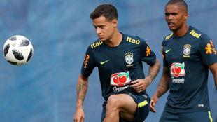 Coutinho, en el entrenamiento de este martes con la selección...