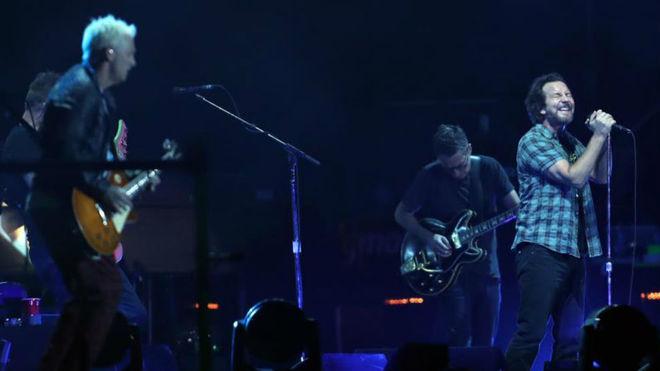 Pearl Jam cancela concierto en UK