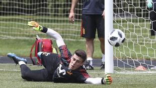 Kepa Arrizabalaga, durante un entrenamiento con la selección...